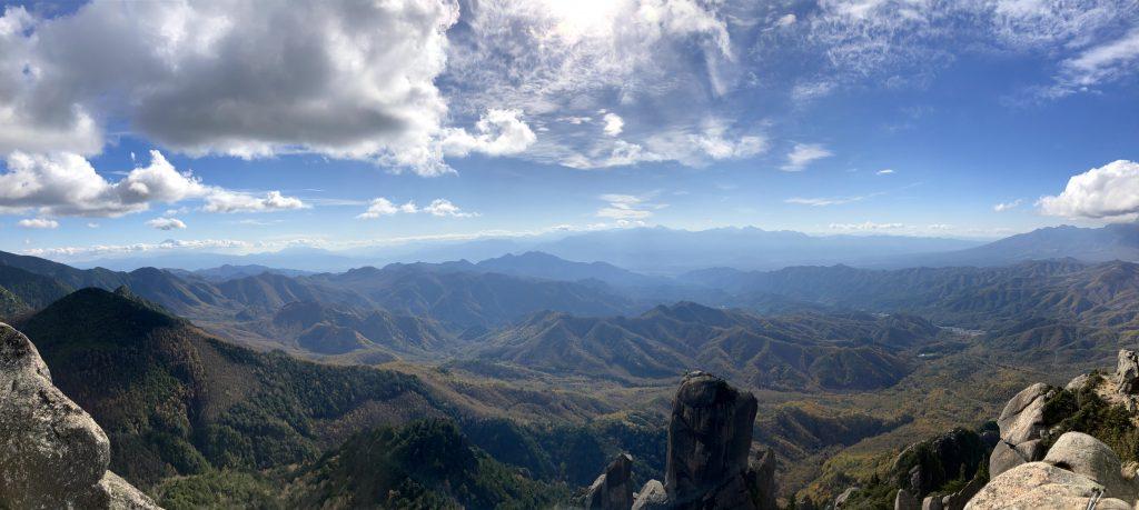 瑞牆山 山頂 パノラマ